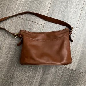 Vintage Coach Zip Top Crossbody Leather Handbag